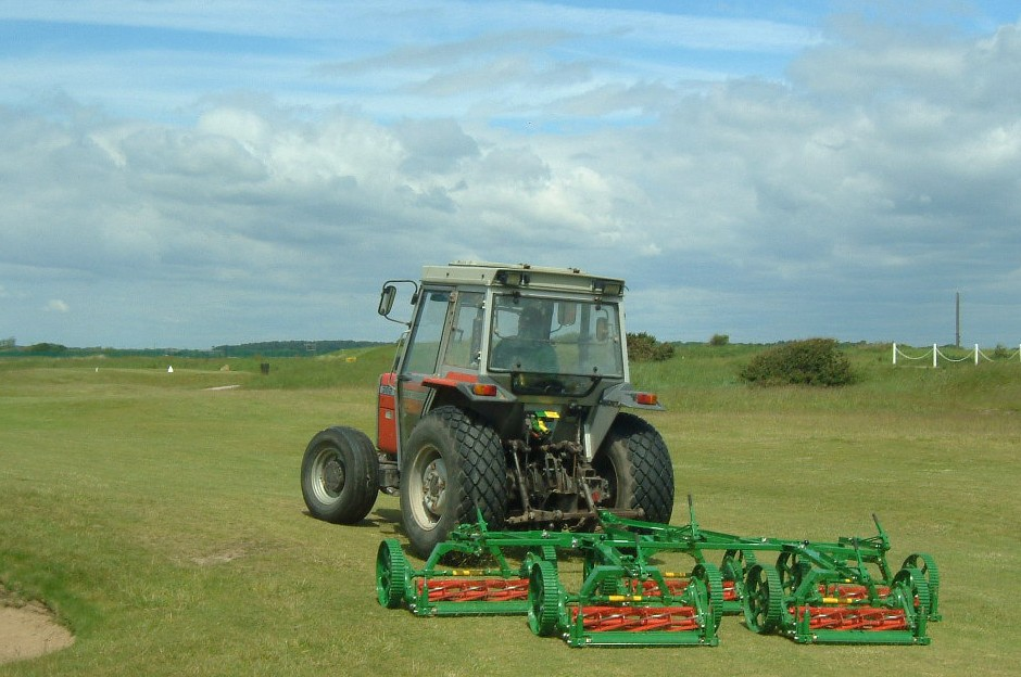 Lloyds And Hunters To Exhibit Low Maintenance Turf Care Equipment At Saltex