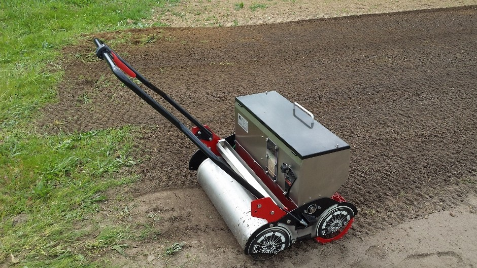 New Rotadairon Compact Pedestrian Seeder From The Grass Group