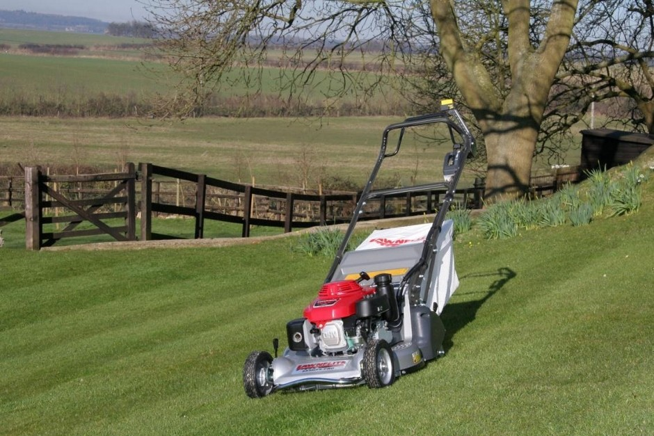Lawnflite Unveils New High Speed Addition To Pro Range At Saltex 2014
