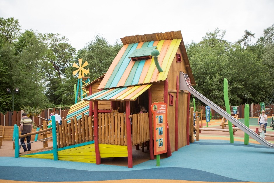 Alton Towers Gets Cbeebies Training Camp From Russell Play