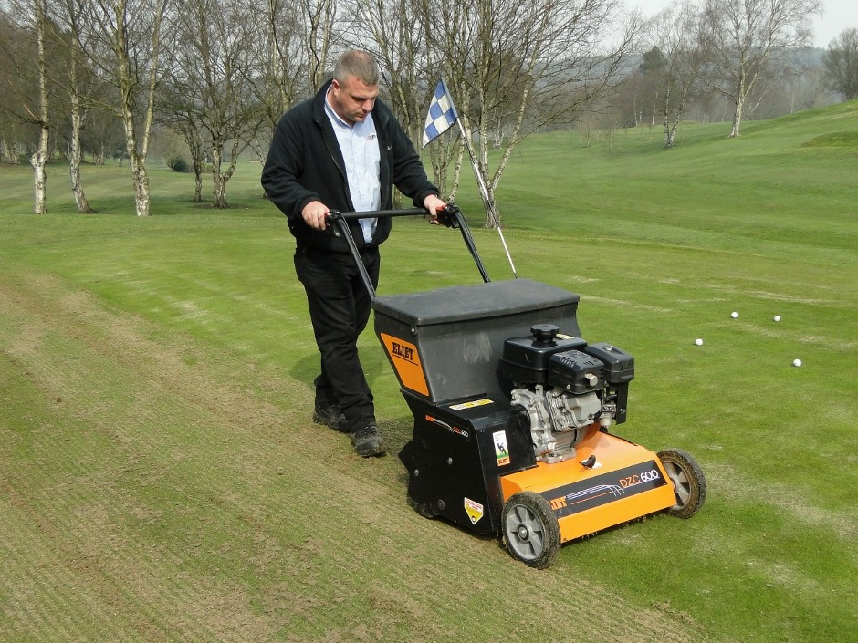 Effective, Easy Turf Rejuvenation With The Eliet Overseeder