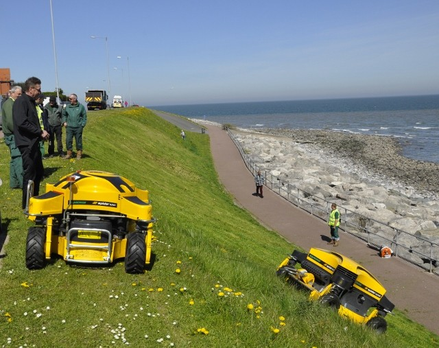 Ransomes Remote Controlled Spider Mowers For Council