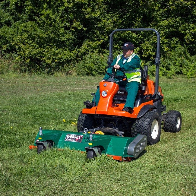 Ideal For Both Long Grass And Sports Turf