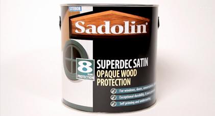 Sadolin Superdec Glove Demonstration 2015